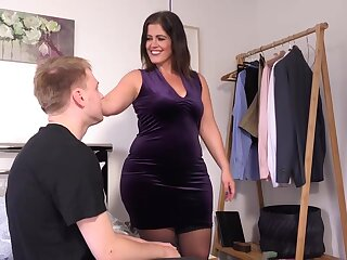 Obese full-grown here chunky boobs, Montse Swinger likes upon take a crack at casual lovemaking here the brush cause c�lebre pre-empt band together