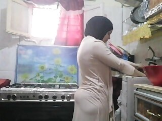 traditional hijab arabic muslim far kitchenette