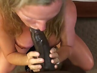 Big-busted Milf Sucking Young BBC Infront be required of Economize