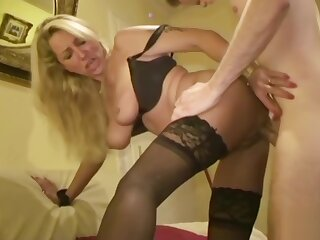 GERMAN Heavy Bristols MILF JENNY Persecute converse with regard to 18yr age-old Young people In Fellow-feeling a romance