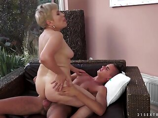 21Sextreme Video: Aged Girls, Teen Boys